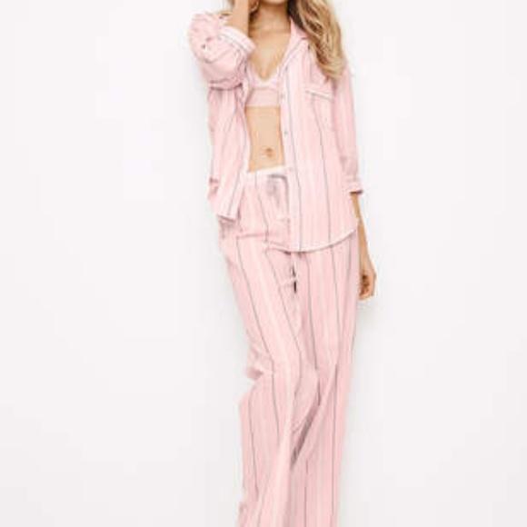 4d8e2742d3 Victoria s Secret Dreamer Flannel Pajama Set Pink